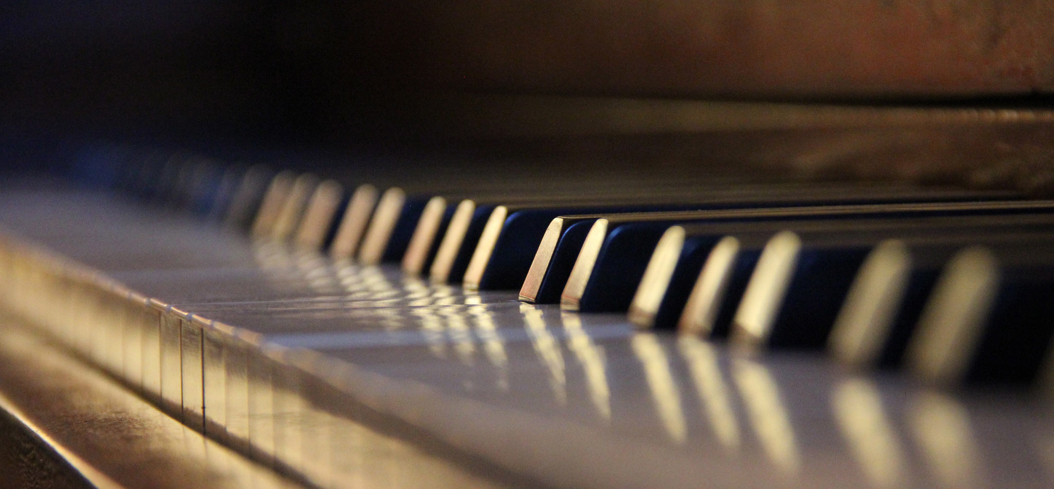 piano keys with lens blur effect